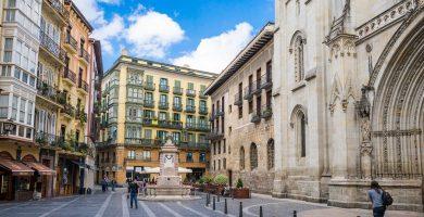 Pintores-en-el-Casco-Viejo-de-Bilbao