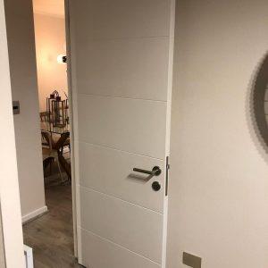 lacado de puerta en Bilbao