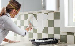 pintando-azulejos-cocina-pintores